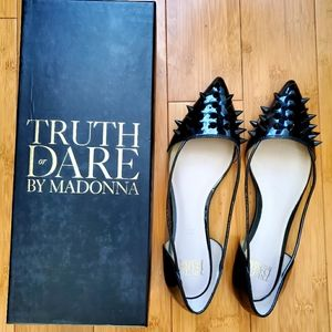 Shoes - Truth or dare by Madonna flats